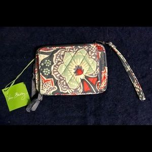 Vera Bradley On The Square Wristlet Nomadic Floral